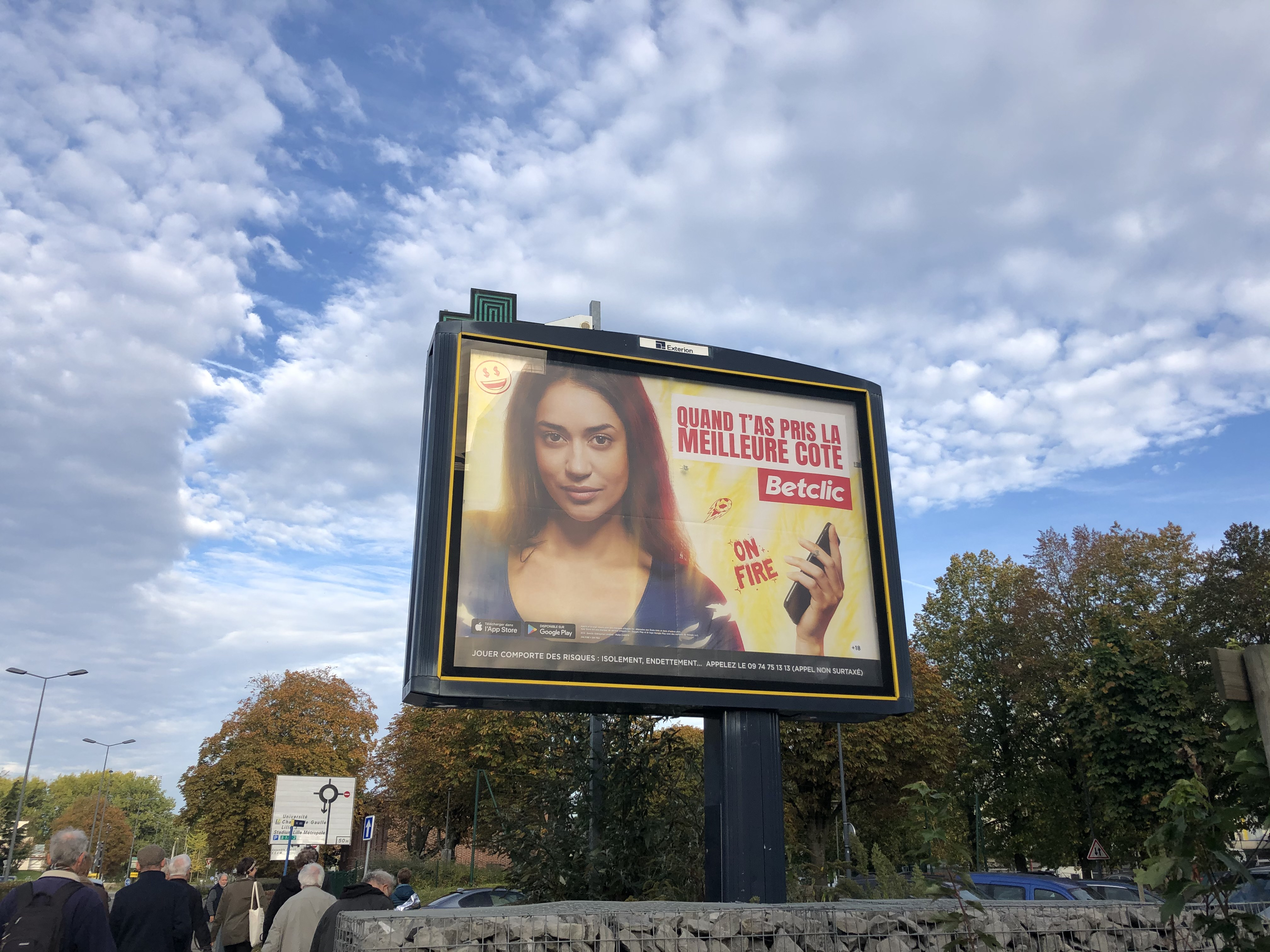 Afichage publicitaire à Pont-de-Bois