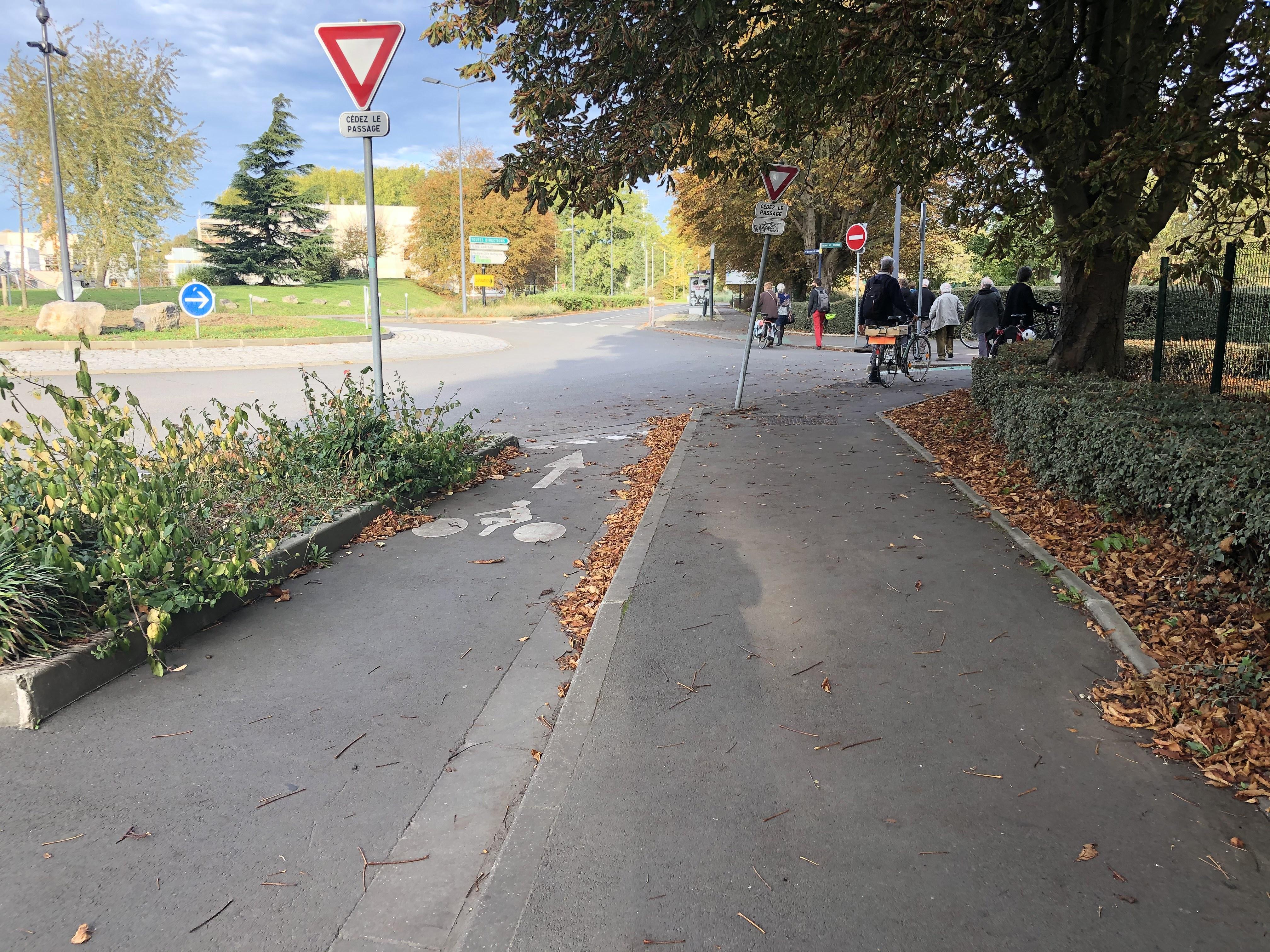 fin de piste cyclable à Villeneuve d'Ascq